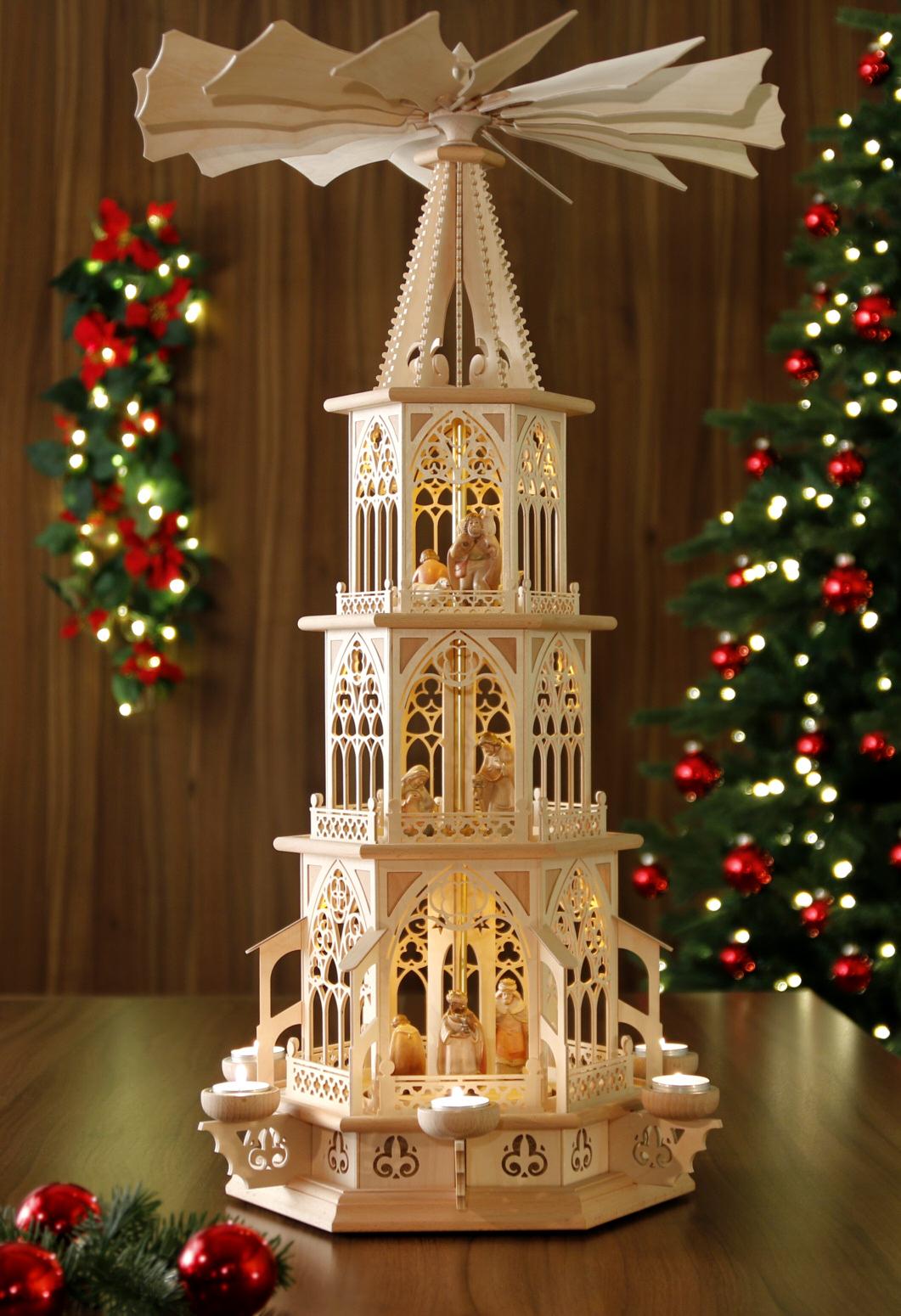 original weihnachtspyramiden aus dem erzgebirge gotische teelicht pyramide mit pema. Black Bedroom Furniture Sets. Home Design Ideas