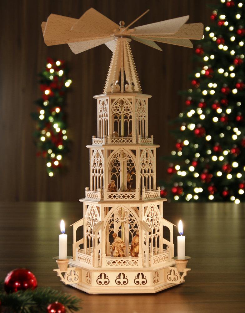 original weihnachtspyramiden aus dem erzgebirge kerzen pyramide weihnachten mit dolfi. Black Bedroom Furniture Sets. Home Design Ideas