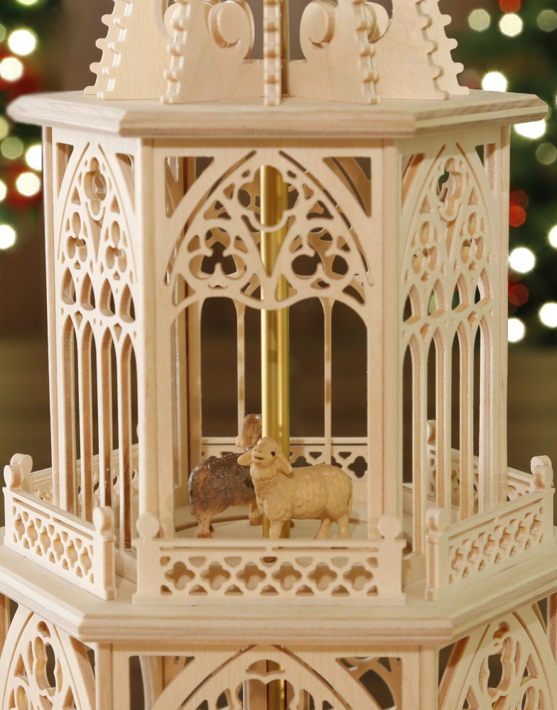 original weihnachtspyramiden aus dem erzgebirge weihnachtspyramide erzgebirge christi geburt. Black Bedroom Furniture Sets. Home Design Ideas